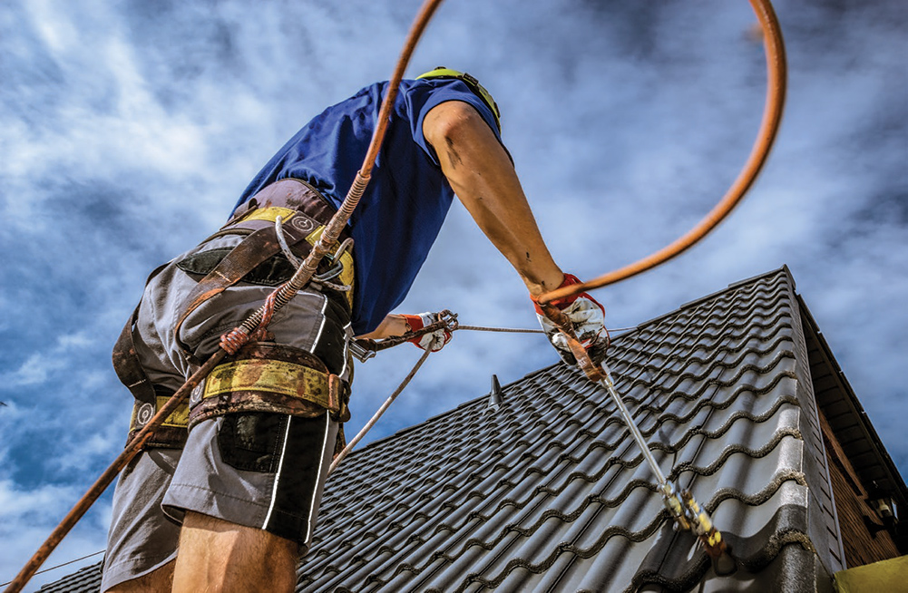 What is the best metal roof sealant man paint roof